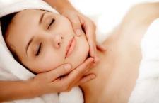 Mách bạn cách làm căng da mặt sau khi giảm cân hiệu quả