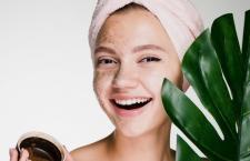 Cần lưu ý những gì trong quy trình tẩy da chết để da căng mịn