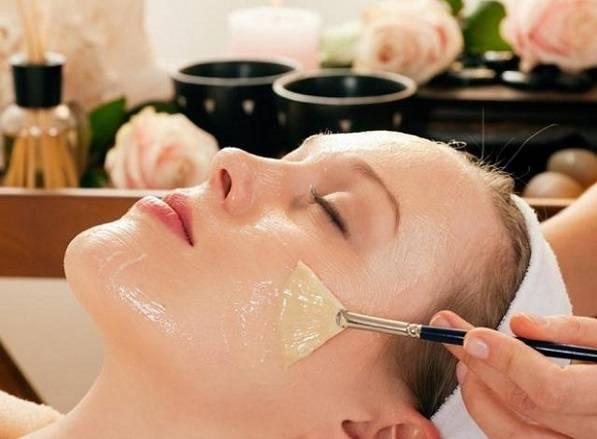 Áp dụng công thức phù hợp với da mặt